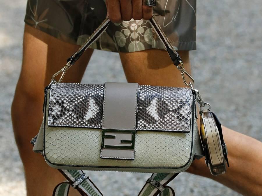 กระเป๋า Fendi มือสอง